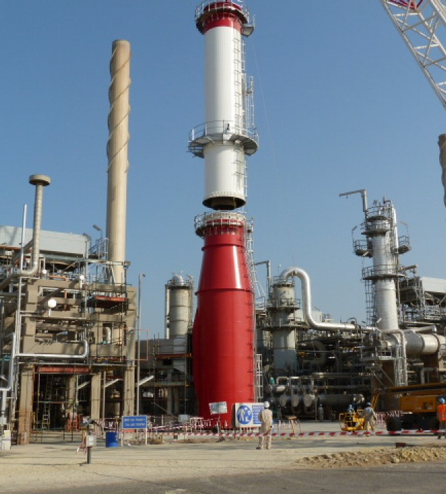 Steel Chimneys for Refineries » Dominion Steelcon A/S